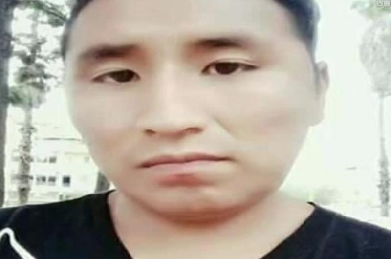 Policía busca al padre de gemelos fallecidos