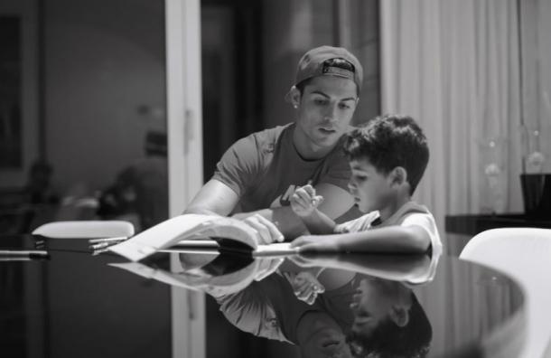 Los rumores en torno a la verdadera identidad de la madre del hijo de Cristiano Ronaldo