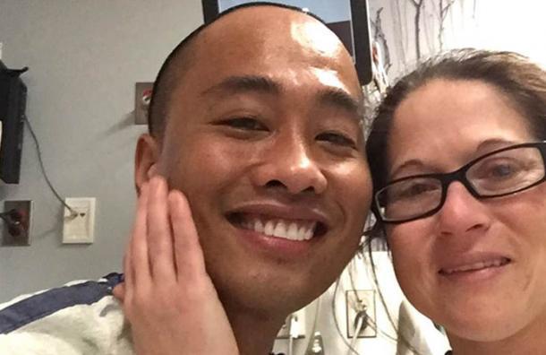 La conoció gracias a un sitio para buscar el amor y después de 4 citas le regaló su riñón
