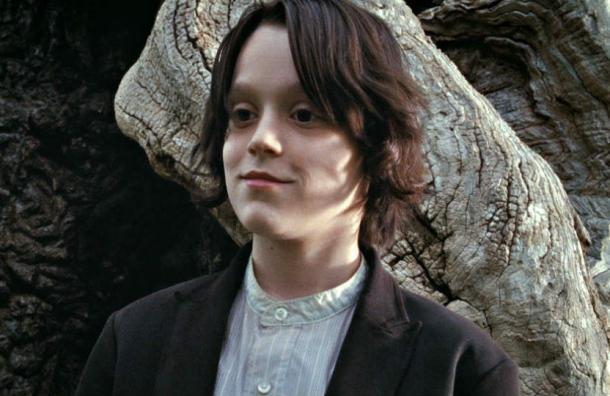 ¿Recuerdas la versión infantil Snape? Así luce a sus 19 años el actor que lo interpretó